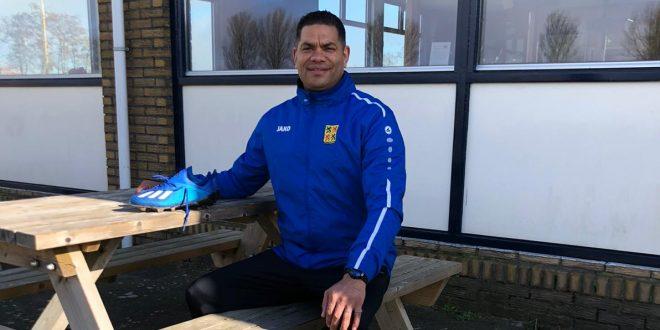 Hoofdtrainer Johnny Merks ook trainer bij sv Ilpendam in het seizoen 2021-2022